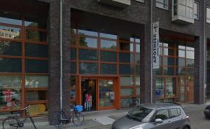 Apotheek Motké-Poels aan de Nieuwe Prinsenkade